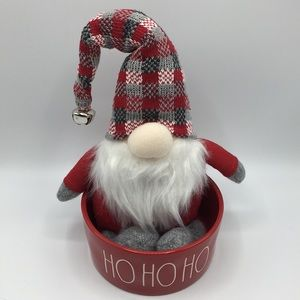 New Christmas Sitting Shelf Gnome